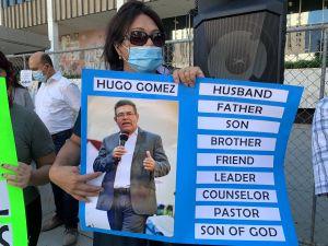 Exigen liberar a pastor detenido por ICE bajo órdenes de la Interpol