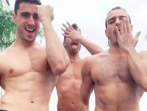 'El Domo Del Dinero':  los competidores Younes, Raúl y Andrés hacen sexy  trío