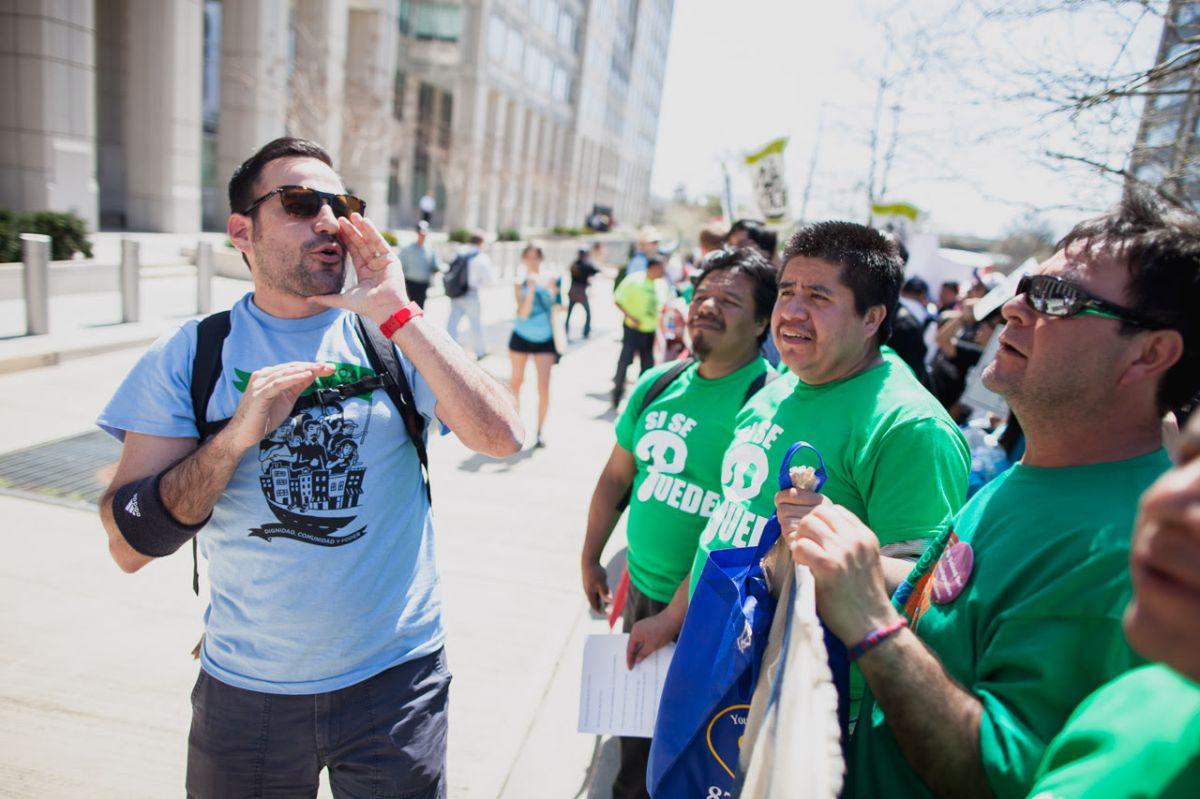 Organización pro inmigrante 'Make the Road New York' hace cambios en su directiva