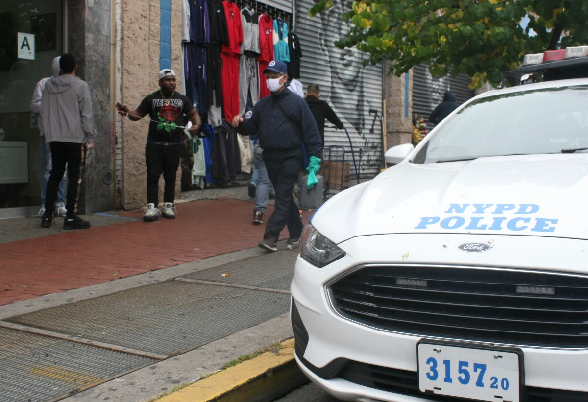 Por celos mataron a un hombre a puñaladas en calle de El Bronx, a plena luz