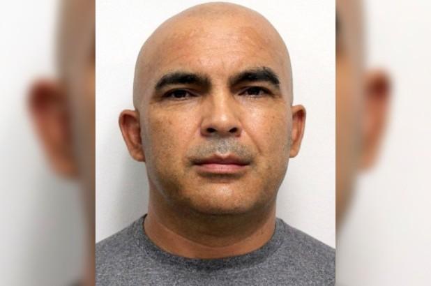 Pervertido obrero latino colocaba cámaras para espiar baños en Nueva Jersey