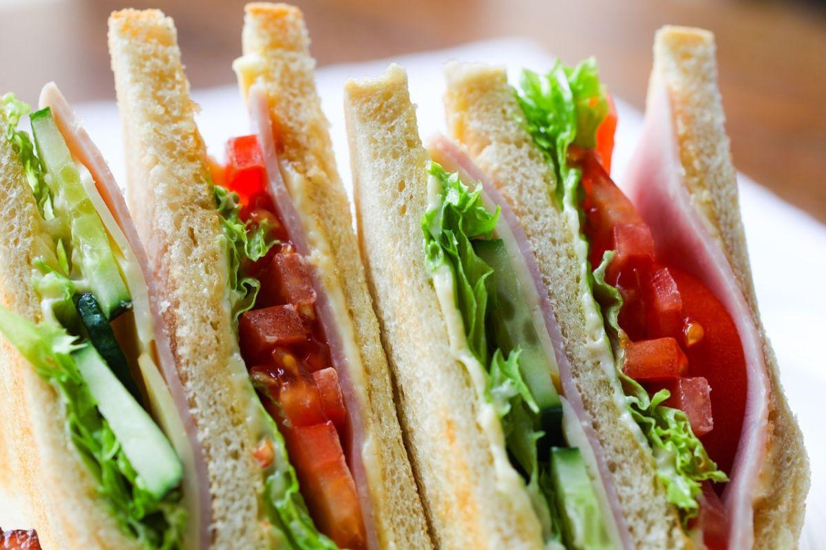 Cómo reemplazar la mayonesa de tus sándwiches para obtener más proteínas de calidad