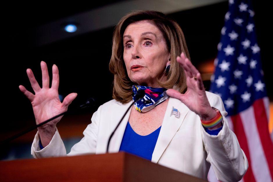 """Las """"píldoras venenosas"""" del plan de estímulo republicano, según la demócrata Nancy Pelosi"""