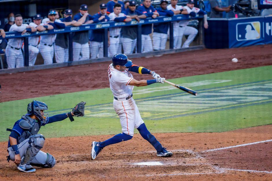 Presintió el jonrón que le dio vida a los Astros: Carlos Correa explicó por qué sabía que su batazo saldría del campo