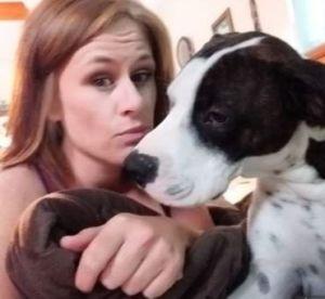 Amenaza a sus vecinos con matar al perro si no le dan la contraseña del wifi