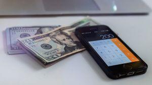 Cuántos estadounidenses no serían elegibles a tercer cheque de estímulo de $1,400 bajo nueva versión de la ley en el Senado