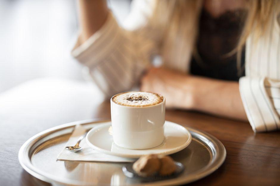 Dieta del ayuno intermitente: ¿Se puede beber café con leche?