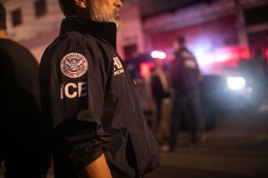 ICE arresta a más de 125 inmigrantes en Ciudades Santuario de California
