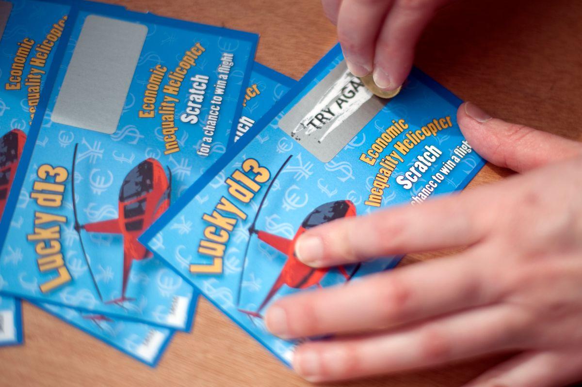 Cuidado con esta estafa: te llaman para decirte que ganaste la lotería y sólo quieren robarte dinero