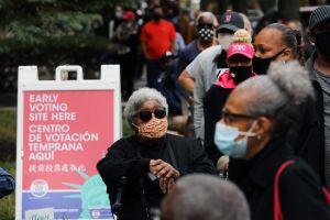 Activistas advierten que no permitirán la supresión de votantes o la intimidación policial