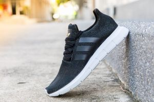 Estos son los 5 pares de zapatos deportivos de la marca Adidas más vendidos en Amazon