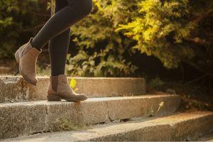 10 estilos de botas y zapatos calientes de mujer