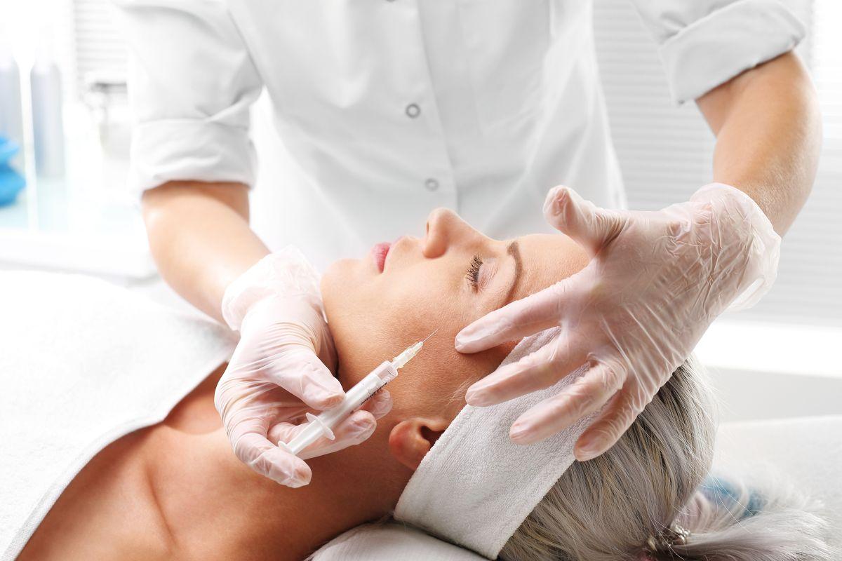 Estudio de la NYU advierte sobre consecuencias nocivas del uso prolongado de botox