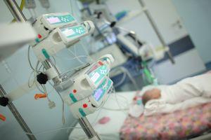 Abandonan por segunda vez en el hospital a bebé con coronavirus