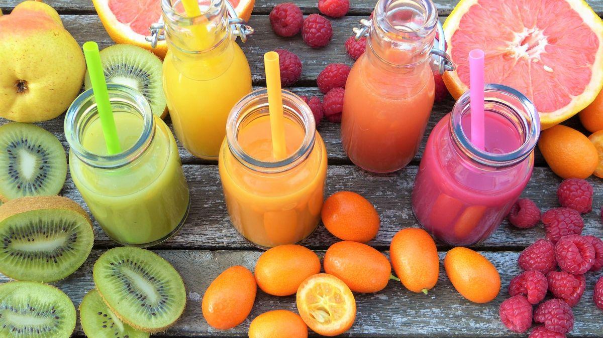 Dos recetas de jugos matutinos para adelgazar: Depurativos, hidratantes y antiinflamatorios
