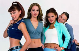 Fans de telenovelas piensan que Televisa prepara remake de 'Soñadoras'