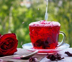 Agua de flor de jamaica, un gran aliado para perder peso