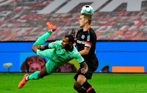 VIDEO: De escorpión, Valentino Lazaro firmó uno de los goles más increíbles del año