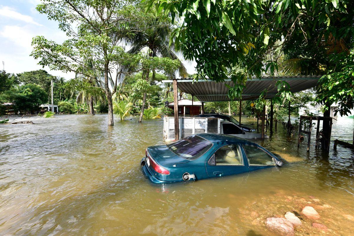 Tormenta Eta rozaría estado de Georgia tras tocar tierra en Florida por segunda vez
