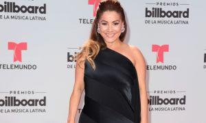 Carolina Sandoval invitó a un papacito a su casa y las mujeres se 'volvieron locas' con el galán