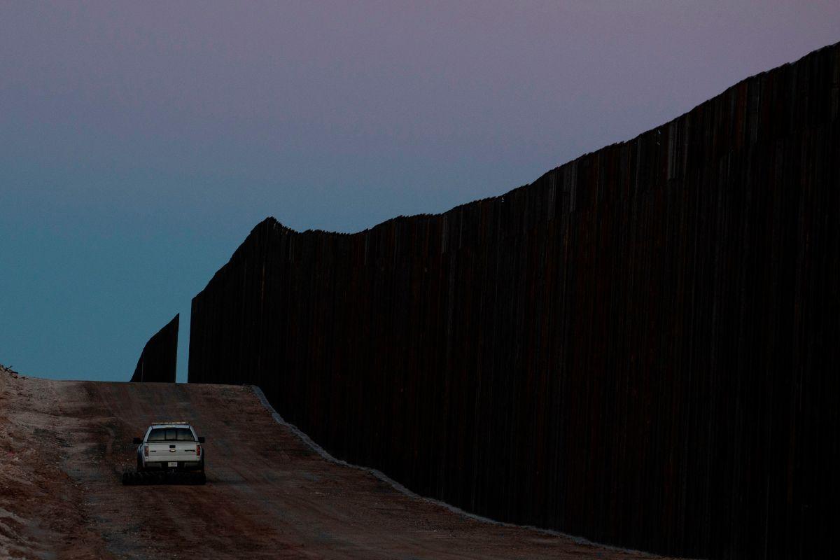 Captan a agente de patrulla fronteriza comprando tamales en la frontera con Tijuana