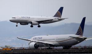 United Airlines inicia vuelos chárter para transportar la vacuna de COVID-19 de Pfizer