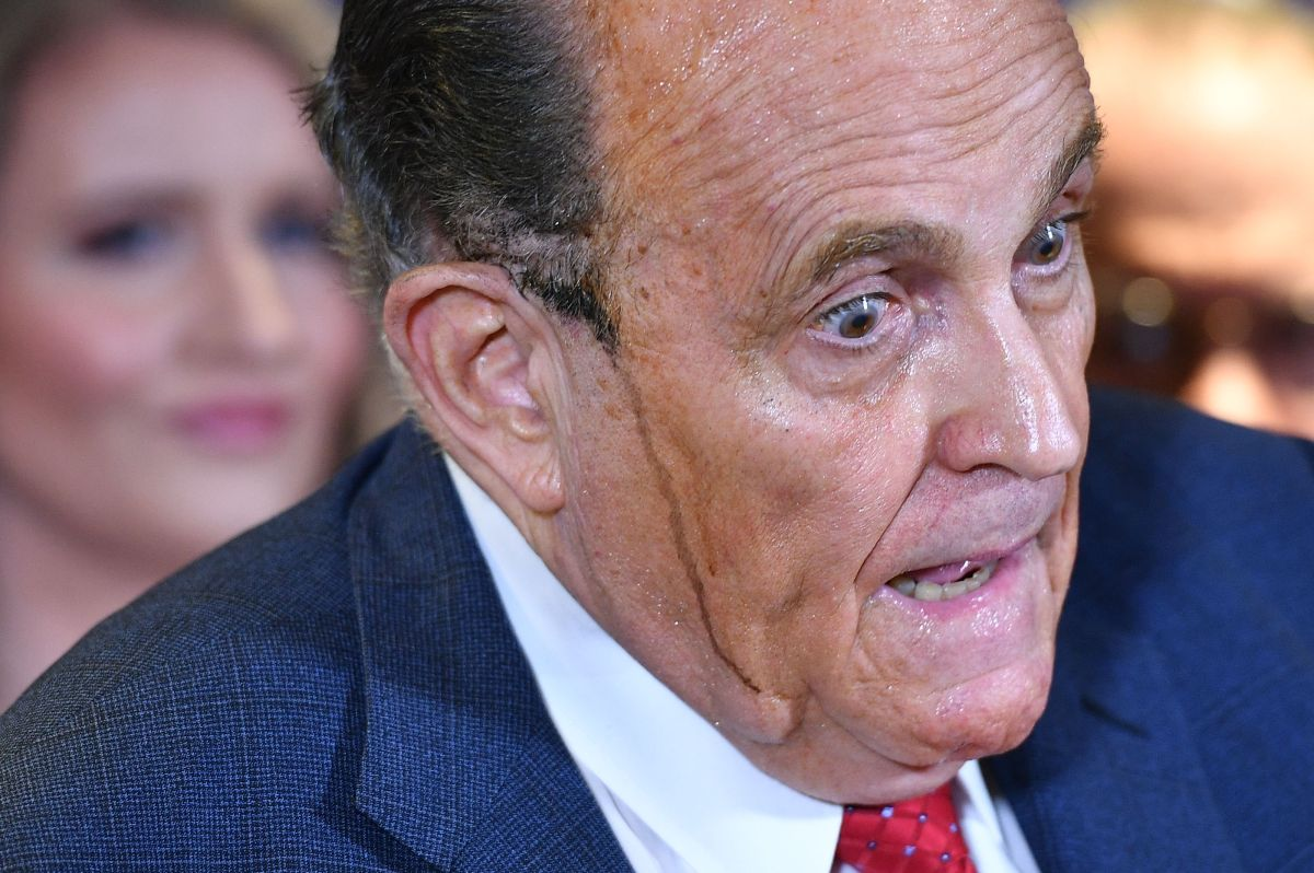 Trump backhanded Rudy Giuliani for 'impeachment'