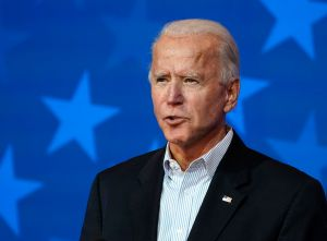 ¿Biden ordenará cancelación de deudas por préstamos estudiantiles cuando asuma el poder en enero del 2021?