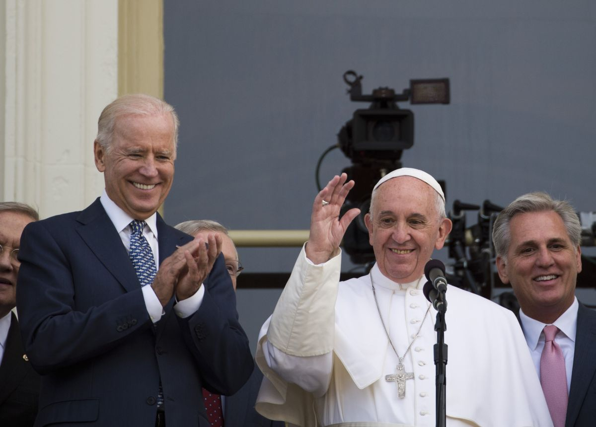 Joe Biden spoke with Pope Francis;  will be the second Catholic to assume the Presidency