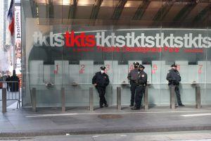 NYPD no baja la guardia en las calles de la Gran Manzana por tensión post electoral latente en el país