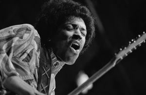 Lanzan disco y video inéditos de Jimi Hendrix; el astro del rock cumpliría hoy 78 años