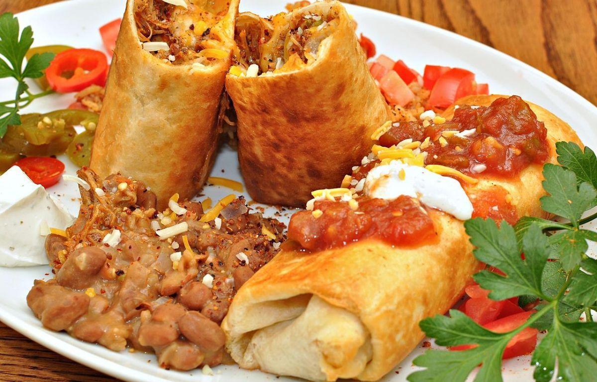 """5 comidas """"mexicanas"""" inventadas en Estados Unidos"""