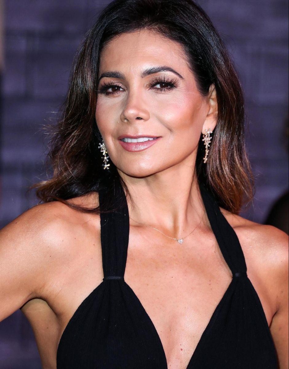 ¡Impresionante! La actriz Patricia Manterola mueve la retaguardia al ritmo de 'un motor'