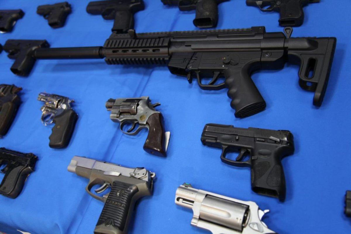 Se detonan los pedidos para porte de armas en Nueva York, en medio de la violencia armada