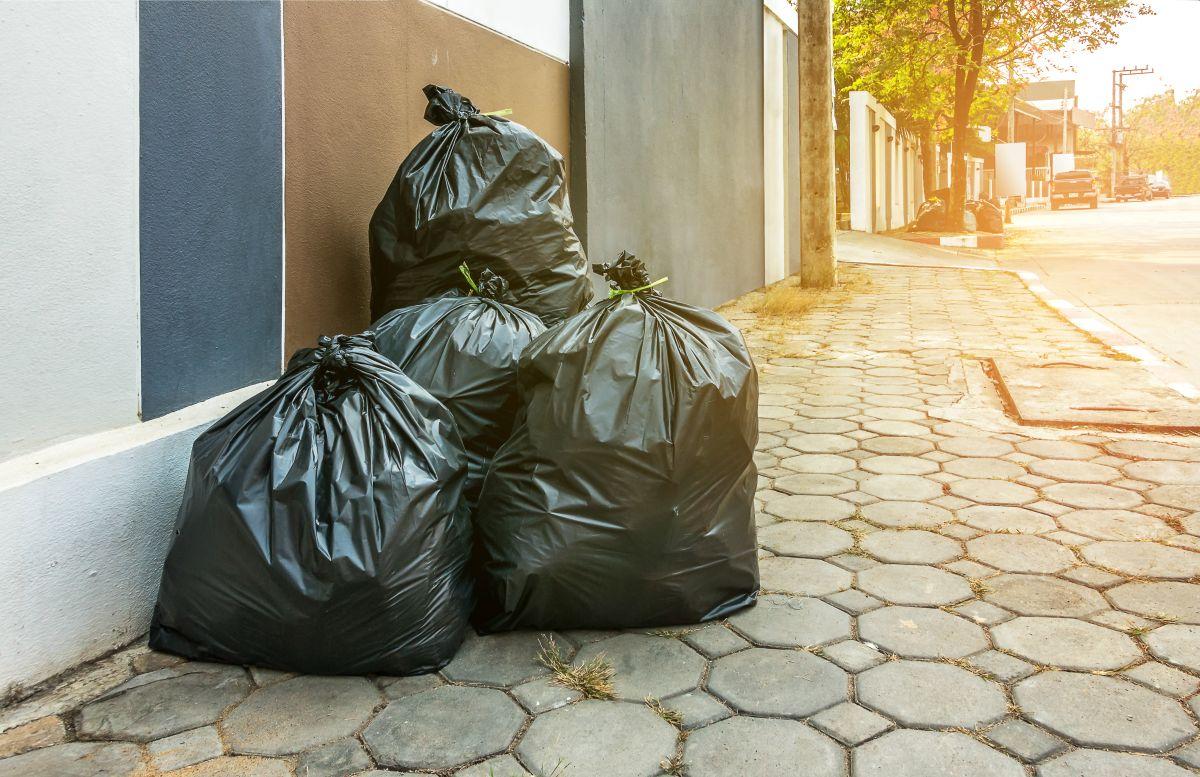 Creyeron que su vecino les heredó basura y se convirtió en un gran tesoro de Star Wars de más de $500 mil