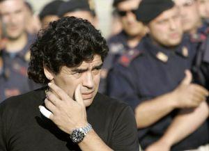 """Justicia argentina investiga a psiquiatra de Maradona por, supuestamente, certificar que """"estaba bien"""" sin haberlo visto"""