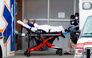 EEUU bate récord de contagios por segundo día consecutivo con más de 225,594