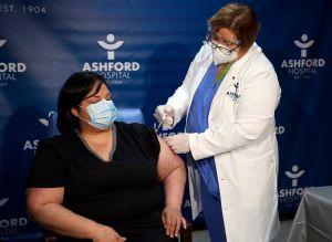 Puerto Rico va por la segunda dosis de vacunas contra el coronavirus