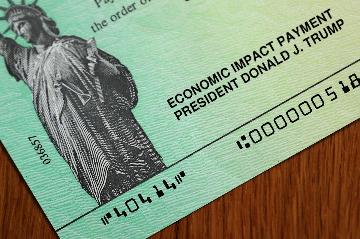 Cheque de estímulo.