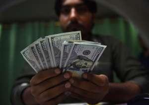 Demócratas presionan para que Gobierno envíe cheques mensuales de estímulo luego del tercero de $1,400