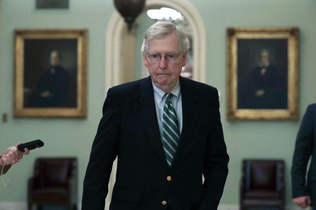 McConnell aprueba que demócratas sometan a Donald Trump un juicio político
