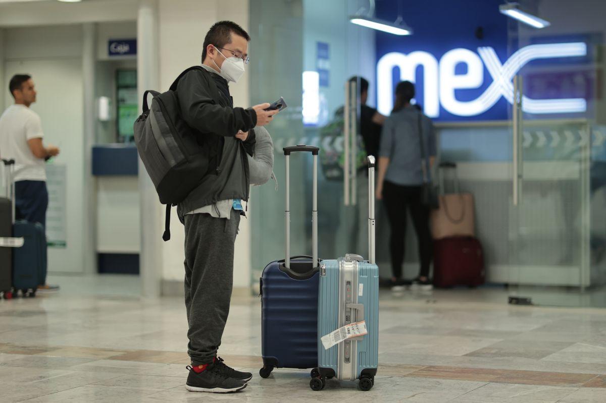 CDC coloca a México en máximo nivel de alerta por coronavirus y pide evitar viajes