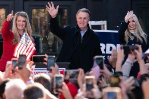 Senador David Perdue entra en cuarentena a 5 días de las elecciones claves de Georgia