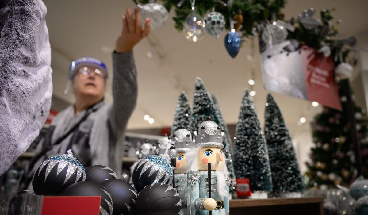 How much does Christmas cost in the United States?