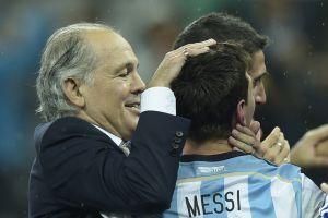 """""""Era una gran persona, aprendí mucho de él"""": Lionel Messi se despide de Alejandro Sabella, el DT que lo hizo subcampeón del mundo"""