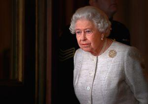 La Reina Isabel II llora la pérdida de uno de los miembros de su familia