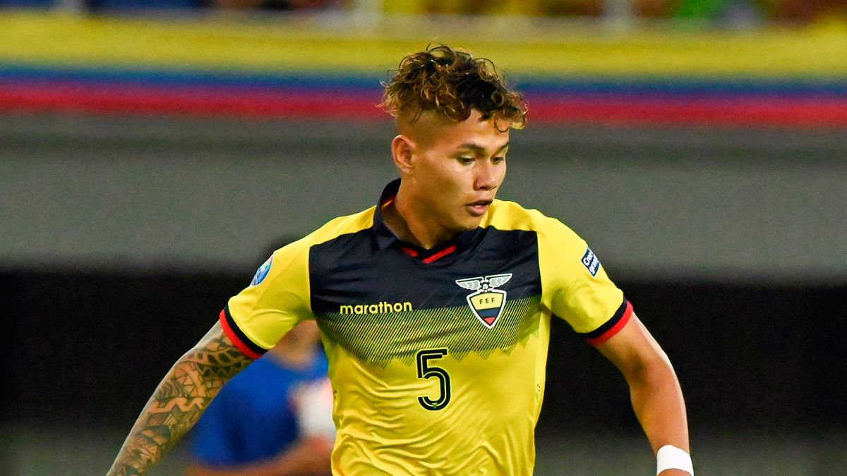 Flamengo pide investigación por racismo contra colombiano Juan Pablo Ramírez