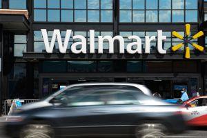 Walmart extiende su programa de entrega a domicilio con autos autónomos