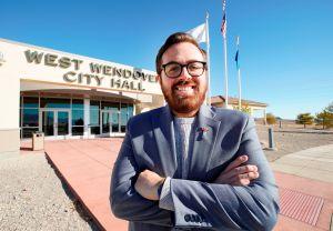 El alcalde latino y gay en Nevada que estuvo desempleado y pidió en banco de comida