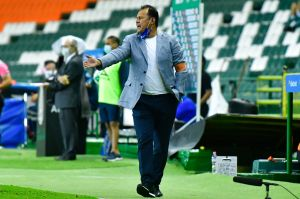 Inexplicable: pese a ser la sorpresa del torneo, Juan Reynoso deja el banquillo del Puebla